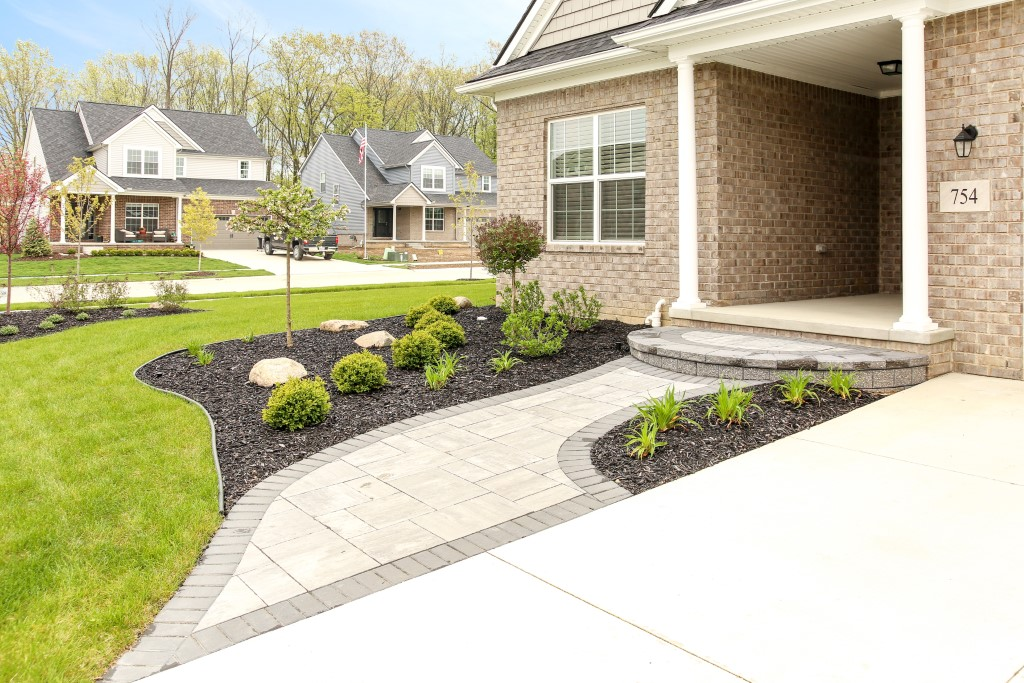 Paver Walkway in South Lyon