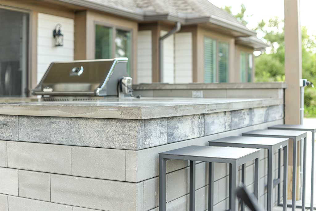 Custom Outdoor Kitchen in Northville