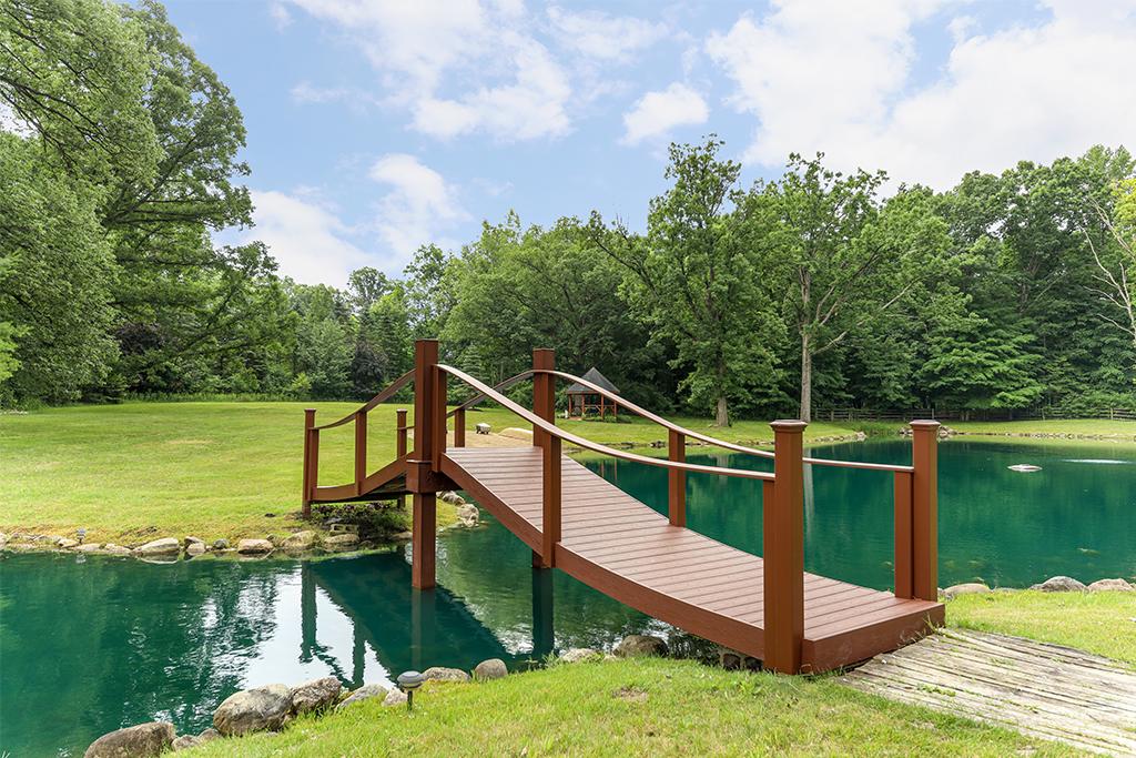 Decks, Gazebos, Pergolas, and Bridges