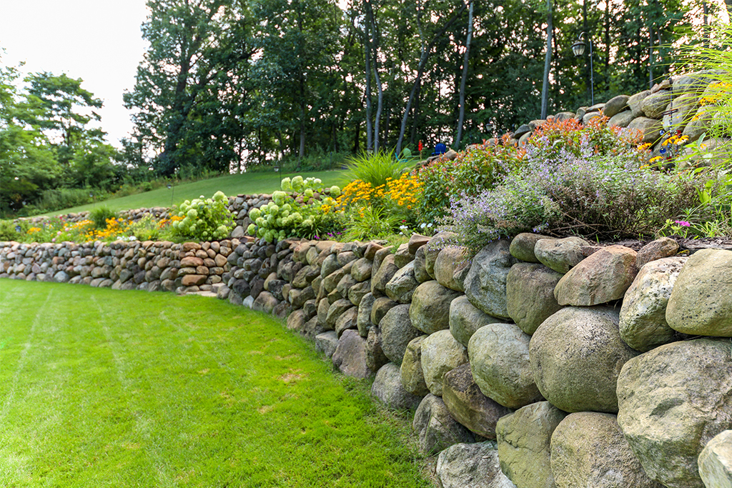 Retaining and Boulder Walls
