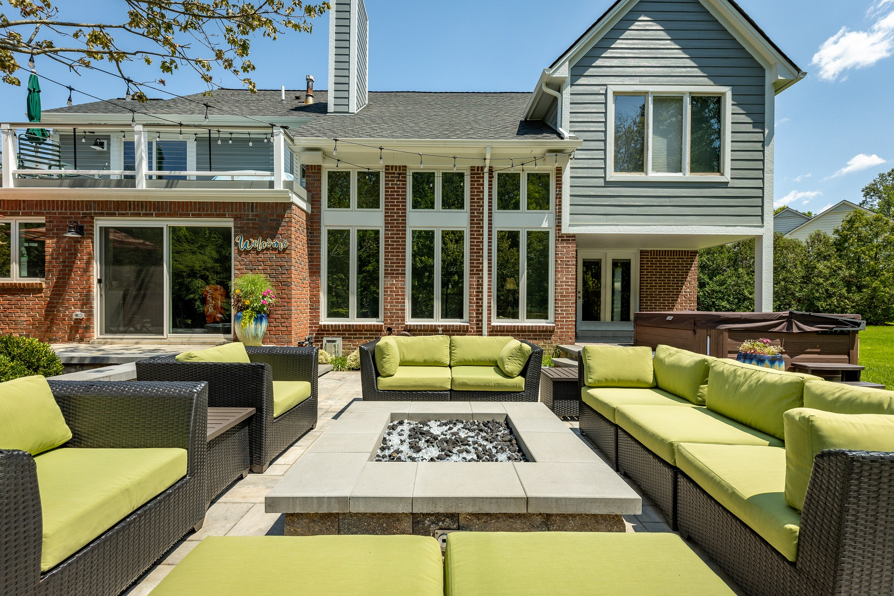Fire Table and Fire Pit in Novi